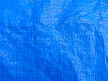 室内DIYの塗装の養生をブルーシートで行う場合