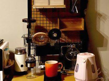 【お客様のDIY写真】メッシュパネルでカフェ風収納に